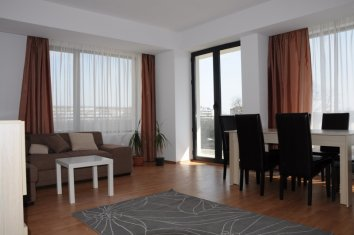 living mobilat apartament